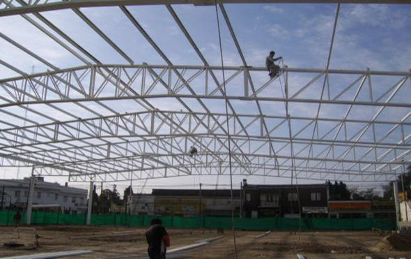 15 desc techos tejados herreria estructuras for Tejados de herreria