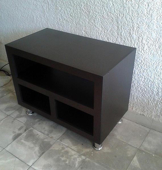 Mueble para tv espacios peque os for Mueble zapatero para espacios pequenos